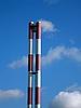 Фото 300 DPI: Полосатые фабричные трубы
