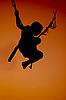 Jungen springend auf Bungee | Stock Foto