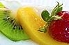ID 3015824 | Kuchen mit Erdbeeren, Kiwi und Orange | Foto mit hoher Auflösung | CLIPARTO