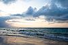 ID 3015379 | Ruhiger Ozean während Sonnenaufgang | Foto mit hoher Auflösung | CLIPARTO