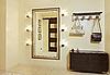 ID 3016775 | Hall in Beigetönen mit Garderobe und Spiegel | Foto mit hoher Auflösung | CLIPARTO