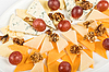 ID 3018794 | Käse und Weintrauben | Foto mit hoher Auflösung | CLIPARTO