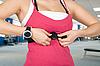 ID 3028584 | Frau mit Uhr für Puls-Überprüfung | Foto mit hoher Auflösung | CLIPARTO