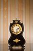 ID 3023282 | Alte Uhr auf Tapeten | Foto mit hoher Auflösung | CLIPARTO