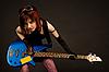 ID 3023372 | Rock Mädchen mit Bass-Gitarre | Foto mit hoher Auflösung | CLIPARTO