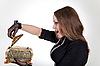 ID 3023663 | Überraschte Frau mit Schmuckschatulle | Foto mit hoher Auflösung | CLIPARTO