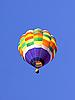 ID 3019828 | Luftballon im blauen Himmel | Foto mit hoher Auflösung | CLIPARTO