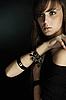 ID 3023857 | Schöne junge Frau auf Schwarz | Foto mit hoher Auflösung | CLIPARTO