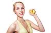 Piękna kobieta wyciska sok z brzoskwiń | Stock Foto