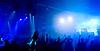 Panoramiczne zdjęcia ludzi spędzających czas na koncercie | Stock Foto