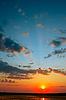 ID 3038788 | Schöner Sonnenuntergang über dem Wasser | Foto mit hoher Auflösung | CLIPARTO