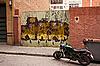 ID 3039880 | Brama z graffiti w Barcelonie | Foto stockowe wysokiej rozdzielczości | KLIPARTO