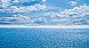 Blaues Meer unter blauem Himmel | Stock Foto