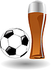 das Glas Bier mit Fußball