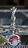 ID 3056671 | Emblem auf Oldtimer Triumph | Foto mit hoher Auflösung | CLIPARTO