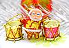 圣诞老人玩偶鼓 | 免版税照片