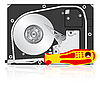 Computer-Festplatte und Schraubendreher.