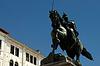 ID 3233586 | Скульптура всадника на венецианской набережной. Италия | Фото большого размера | CLIPARTO