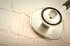 Stetoskop medycznych i elektrokardiogram (EKG) | Stock Foto