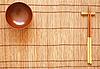 ID 3110679 | 대나무 매트에 나무 그릇과 젓가락 | 높은 해상도 사진 | CLIPARTO