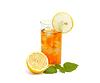 레몬과 멜리사와 유리에 아이스 티 | Stock Foto