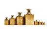 ID 3345349 | Zestaw ciężarków precyzji dla skali równowagi | Foto stockowe wysokiej rozdzielczości | KLIPARTO
