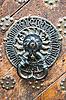 Starożytny drzwi kołatka | Stock Foto