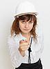 ID 3156640 | Kobieta w kasku | Foto stockowe wysokiej rozdzielczości | KLIPARTO