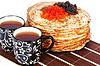 차와 캐 비어 팬케이크 | Stock Foto