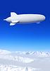 ID 3215354 | Luftschiff in den Himmel | Foto mit hoher Auflösung | CLIPARTO