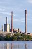 工厂和烟囱 | 免版税照片