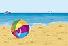 Große bunte Kugel am Strand Möwen und Schiff