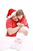 Chica posando con su padre | Foto de stock