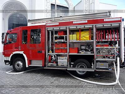 Urządzenia przeciwpożarowe | Foto stockowe wysokiej rozdzielczości |ID 3010901