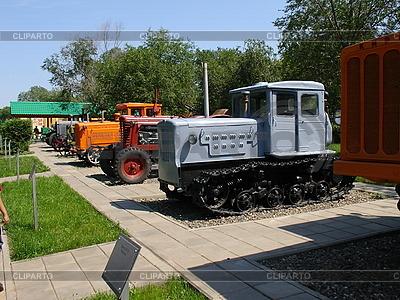 Retro-Traktoren | Foto mit hoher Auflösung |ID 3012281