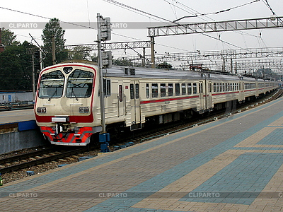 Szybki pociąg | Foto stockowe wysokiej rozdzielczości |ID 3123716