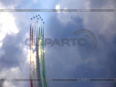 Aermacchi MB-339 쇼 그림 커서 | 높은 해상도 사진 |ID 3369338