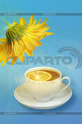 Zitronen-Tee und gelbe Blume | Foto mit hoher Auflösung |ID 3032908