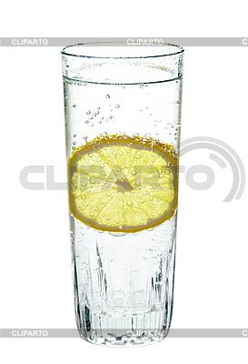 Lemon w szklance wody gazowanej | Foto stockowe wysokiej rozdzielczości |ID 3014535