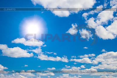 Sonne und weiße Wolken im Himmel | Foto mit hoher Auflösung |ID 3015276