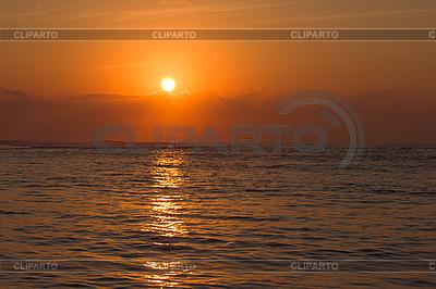 Ocean sunrise | Foto stockowe wysokiej rozdzielczości |ID 3015422