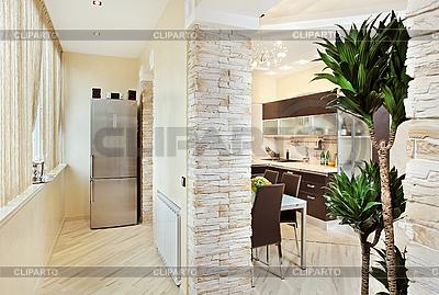 Современная кухня и балкон, интерьер в теплых тонах | Фото большого размера |ID 3016751