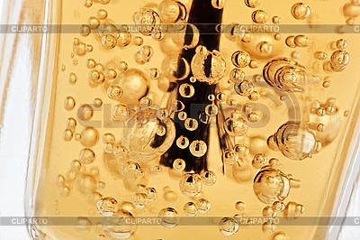 Paznokci butelki z pędzelkiem i pęcherzyki | Foto stockowe wysokiej rozdzielczości |ID 3016822