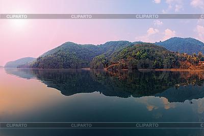 美丽的绿色丘陵景观 | 高分辨率照片 |ID 3017045