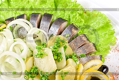Hering mit Kartoffeln   Foto mit hoher Auflösung  ID 3019521