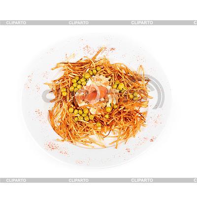 연어 물고기와 러시아어 샐러드 | 높은 해상도 사진 |ID 3020126