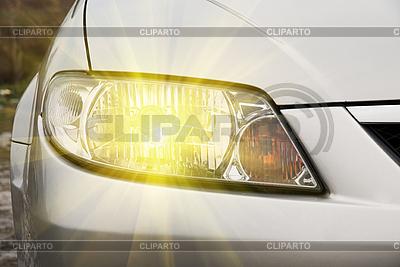 Reflektor samochodowy | Foto stockowe wysokiej rozdzielczości |ID 3021090
