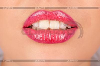 Zbliżenie usta | Foto stockowe wysokiej rozdzielczości |ID 3027063
