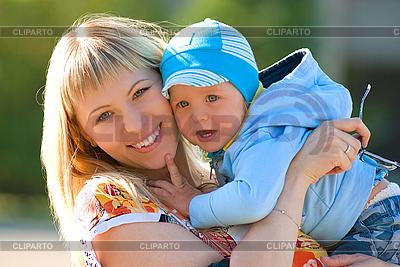 Glückliche Mutter und Baby | Foto mit hoher Auflösung |ID 3027507