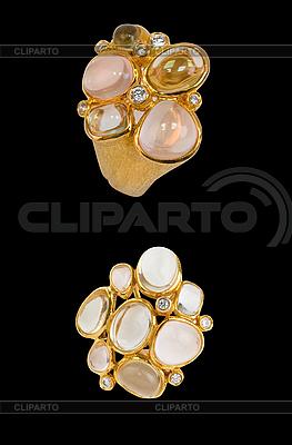 Золотое кольцо и серьги | Фото большого размера |ID 3028189